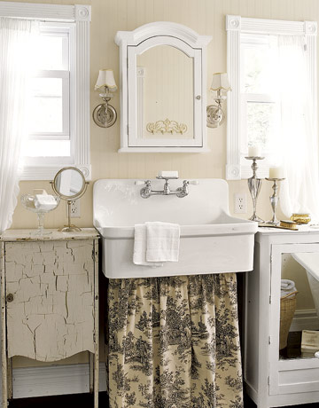 Antique Bathroom Vanity on Beautiful Bathrooms      The Vintage Home