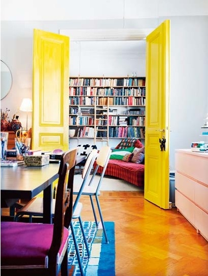 yellow-interior-door-elle-norway